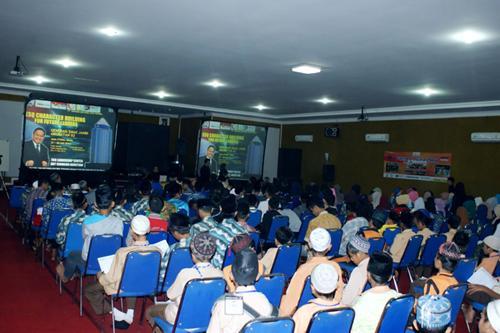 Gelar Training ESQ dan Santuni Anak Yatim